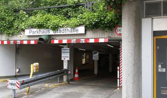 Stadthalle Aufzug wird erneuert - Die Nutzung des Aufzugs ist bis einschließlich den 9. August nicht möglich